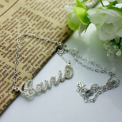 Collier prénom effet diamant