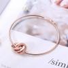 Bracelet jonc anneaux entrelacés